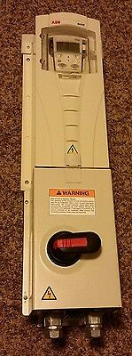 ABB HVAC VFD ACH550-PCR-03A3-4+B055 1.5HP 1.1kW 380-480VAC 3Ph w/Circuit Breaker