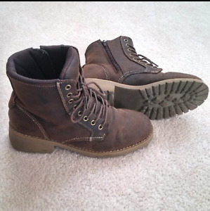 Dalisse Dark Brown Combat Boots