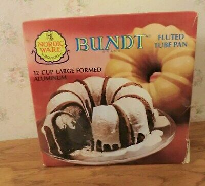 Nordic Ware Microwave 12 Cup Bundt Fluted Tube Pan Large Formed Aluminum New 12-cup Bundt Pan