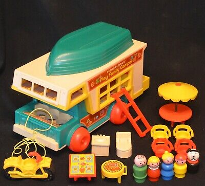 VINTAGE 1970's FISHER PRICE LITTLE PEOPLE #994 PLAY FAMILY CAMPER COMPLETE