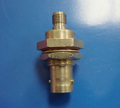 M/A COM TYCO AMP 1058117-1 SMA (f) to BNC (f) Connector Adapter DC-4GHz