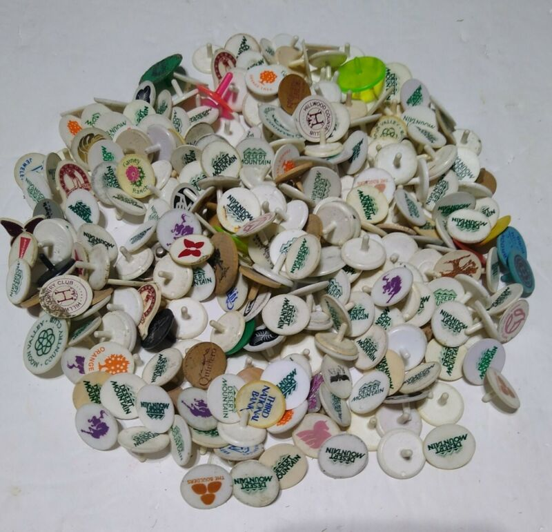 HUGE LOT VINTAGE COLLECTIBLE ADVERTISING LOGO PLASTIC & WOOD GOLF BALL MARKERS