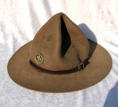 VINTAGE ANTIQUE BOY SCOUT BADEN POWELL LEMON SQUEEZER HAT WITH RS BADGE - LOT 2