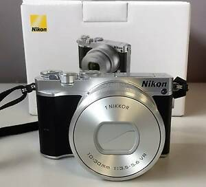 Nikon 1 J5 20MP Interchangeable Lens Camera with 10-30mm Lens Howrah Clarence Area Preview