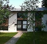 RECENTLY RENOVATED 2 BR LOWER DUPLEX