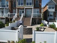 3 bed townhouse on the water/views and spacious