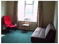 One double bedroom flat, Cockfosters, EN4 - £234.00 per week