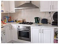 Dss Housing Benefit Welcome 3 Bed Flat Tower Hamlets E14 7PQ