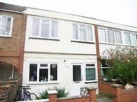 2 bedrooms in a house share in SOUTH WEST London Bills included
