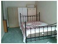 Very large and spacious room to let