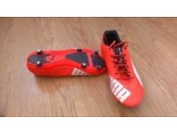 FOOTBALL BOOTS - PUMA EVOSPEED 4 -SIZE 7.5 - ONLY £4