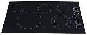 Frigidaire Gallery  36-inch Smoothtop Electric Cooktop in Black ( FGEC3645KB) BRAND NEW . SUPER SALE $599.00 NO TAX