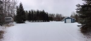 36 acres,16x76 mobile, 864sf garage 1/2 mile from Athabasca