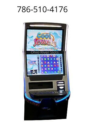 Williams Bluebird Blade Cool Jewels slot machine