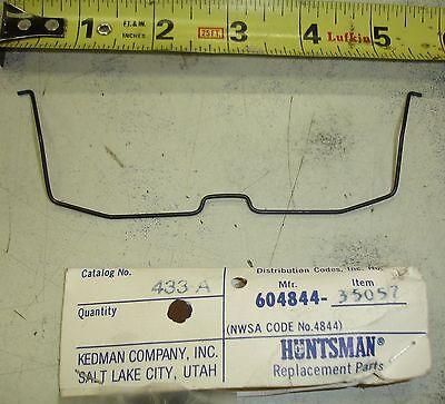 Huntsman 433a Welding Helmet Lens Retainer Spring Old Style 2 604844-35067