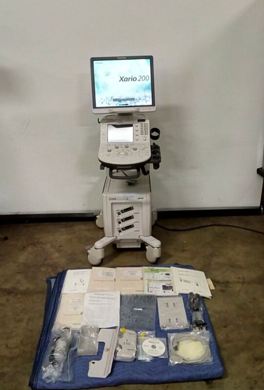 Toshiba Diagnostic Ultrasound System Xario 200 TUS-X200 w/ Operation Manual
