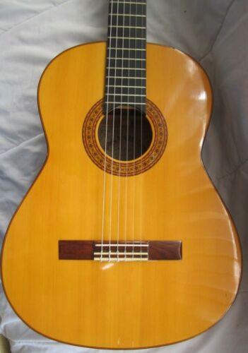 Vintage Classical Guitar Yairi Japan
