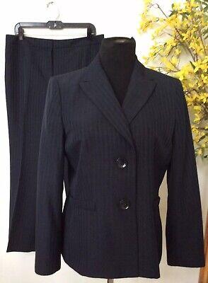Le Suit Women's Navy Blue Stripe 100% Polyester 2 Piece Pant Suit 12P EUC.