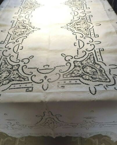 "Vintage  Italian  Pointe  De Venise  Tablecloth  142""×70"""