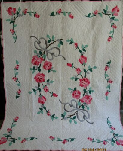 Vintage Floral Rose Applique Quilt, PINK, GRAY, EXPERTLY HAND QUILTED 74 X 94