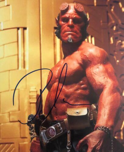 Hellboy RON PERLMAN SHIRTLESS SIGNED 8X10 Photo