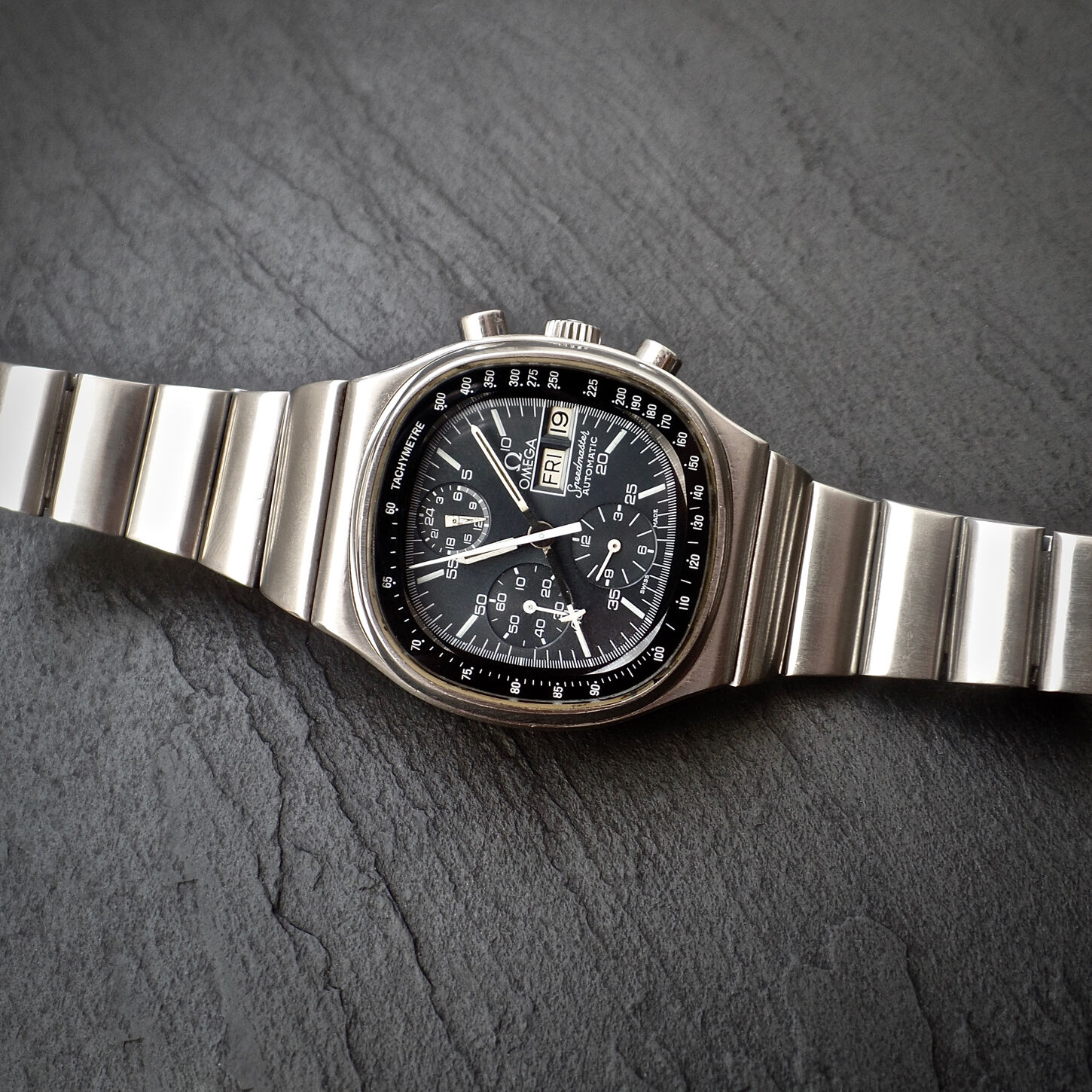 Omega Speedmaster 176.014 TV Case Television Dial 1045 Lemania 1500 1975 Vintage - watch picture 1
