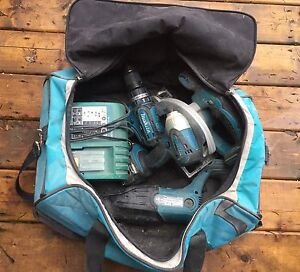 5-Piece Makita Lithium Ion 18 Volt Tool Set & Bag