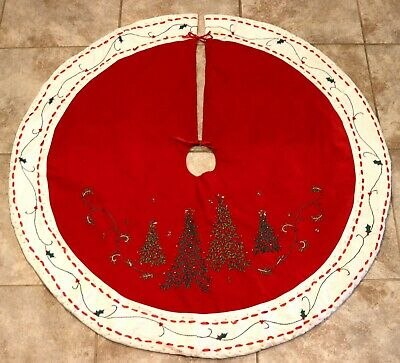 Vintage Red Round Embroidered Beaded Ball Christmas Tree Holly Skirt Runner