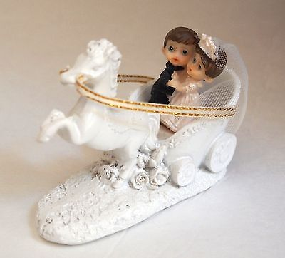 - Wedding Couple Keepsake Horse Carriage Poly Resin Cake Topper Centerpiece Figure