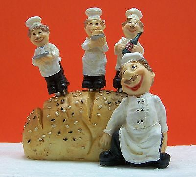 CHEF set of 3 butter, cheese, jam spreaders in loaf of bread holder
