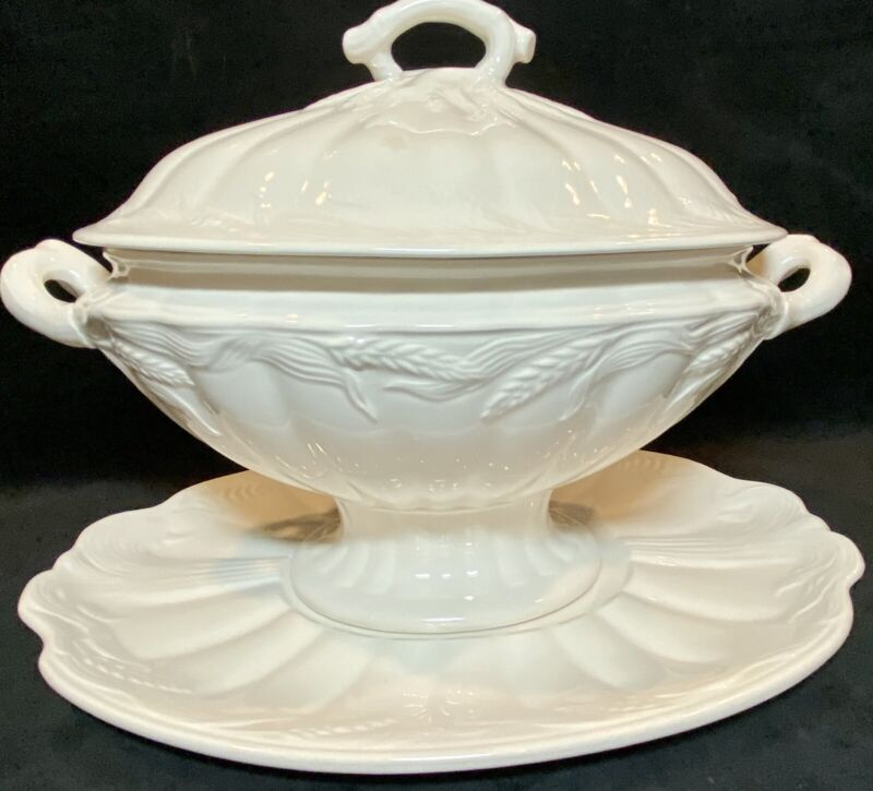 """Antique White Ironstone """"Wheat"""" Tureen Lid & Under Plate England EXCELLENT"""