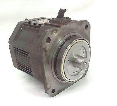 Matsushita 1.3kw 9.9a Servo Motor Cut Cord Usaded-10-ma13