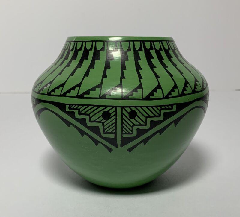 C TOSA CHRISTINE JEMEZ NM PUEBLO POTTERY JAR BOWL SIGNED GREEN BLACK NEW MEXICO