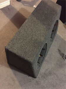 "^** DUAL 12"" SUBWOOFER ENCLOSURE GREY CARPET"