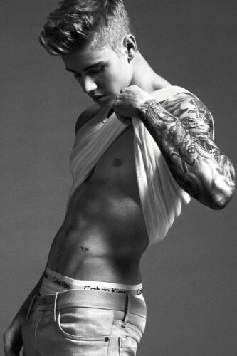 Sexy Singer Justin Bieber Buff Hot Abs 4x6 photograph