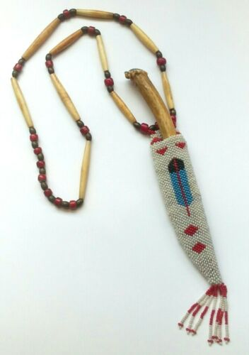 VINTAGE NATIVE AMERICAN INDIAN BEADED KNIFE SHEATH W/BONE NECKLACE BONE KNIFE