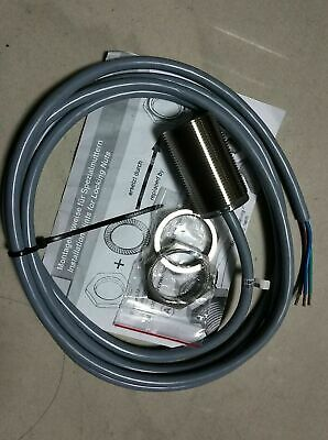 Pepperlfuchs Nbb10-30gm50-ws Ac No Cylindrical Inductive Proximity Sensors New