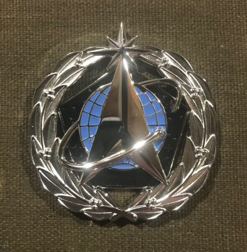 US SPACE FORCE STAFF IDENTIFICATION BADGE;  FULL SIZE  NEWEST US BADGE