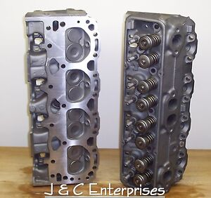 350 CHEVY 882 76 CC CYLINDER HEADS 1986 & OLDER  EARLY 1.94 INTAKE NEW SPRINGS