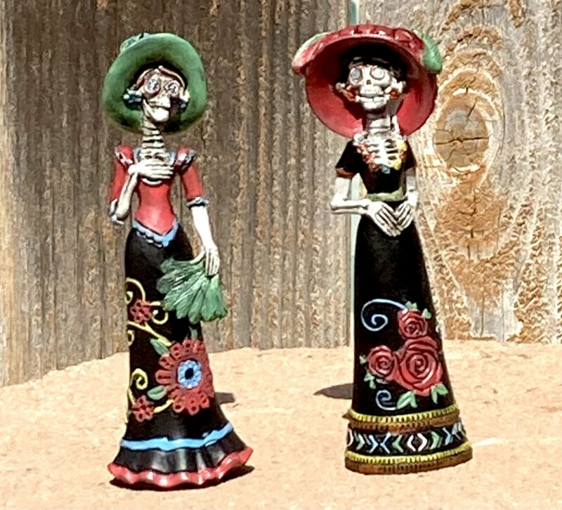2 Day of the Dead Mariachi Lady Figurine Collectible Decor Set