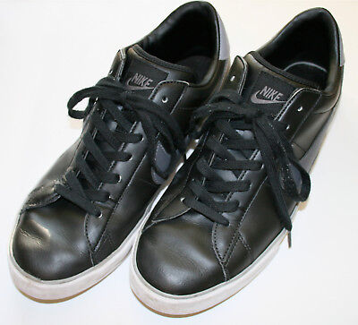 Nike Black Leather BRS Athletic Shoes size US12 EUR 46  Gray swoosh Clean Nice!