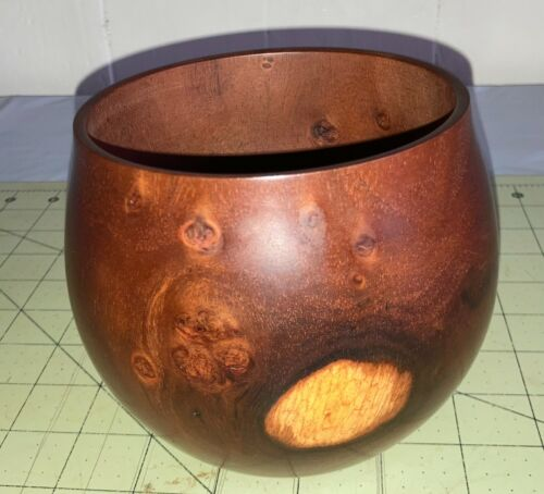 Hawaiian Milo Wood Calabash/Bowl~Local Artist~Gallery & Collector Quality~(#b7)