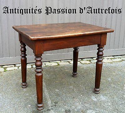 M201719 - Jolie petite table ancienne en orme massif - 65 cm de hauteur