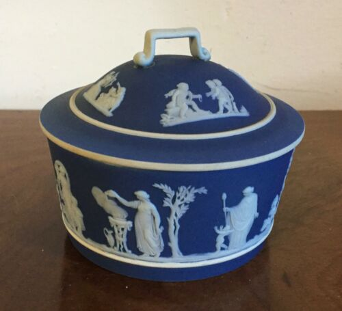 Antique 19th century Wedgwood Blue Sprig Jasperware Covered Bowl Box Dish Tureen