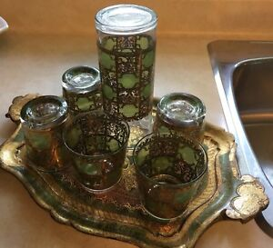 Tray and glass set