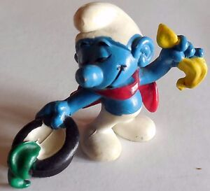 PUFFO-SMURFS-SCHLEICH-MAGO-MADE-IN-HONG-KONG-BERRIE-CO-1979