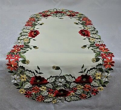 Doily Boutique Table Runner, Doily, Mantel Scarf with Red Poppy - Red Table Runner