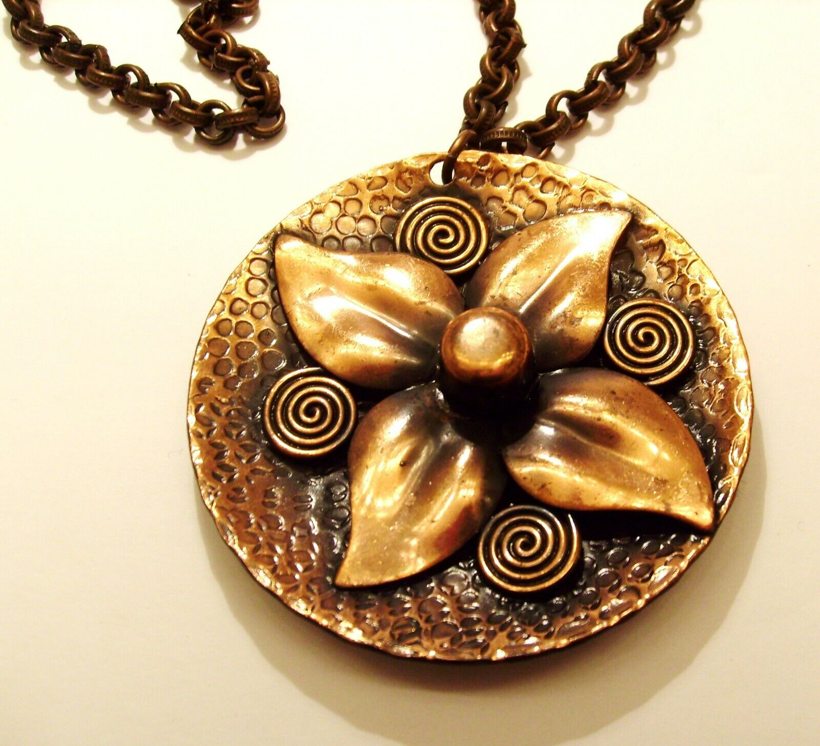 VINTAGE COPPER NECKLACE WITH 2-1/2 ROUND FLOWER CHARM SIGNED - $8.99