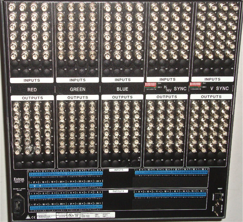 NEW EXTRON 24x24 RGBHV & AUDIO ROUTER CROSSPOINT 450 PLUS