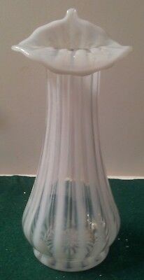 FENTON FRENCH OPALESCENT RIB OPTIC W/ TULIP  CRIMP VASE - RARE - 8 1/4